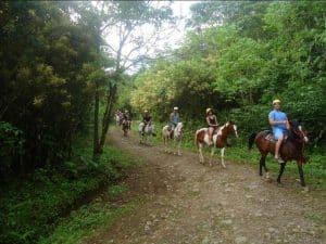 Horseback riding in Costa Rica (2)